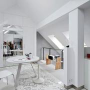 现代简约白色阁楼客厅装饰
