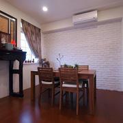 三室一厅中式原木餐厅装饰