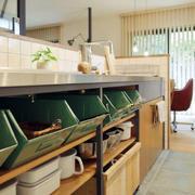 公寓厨房置物架设计