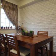 三室一厅简约餐厅装饰