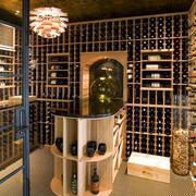 别墅原木大型酒窖
