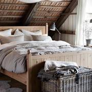 美式简约风格原木卧室装饰