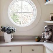美式样板房厨房透气窗户设计