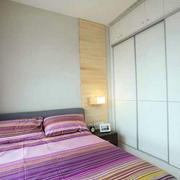 两室一厅卧室整体橱柜装饰
