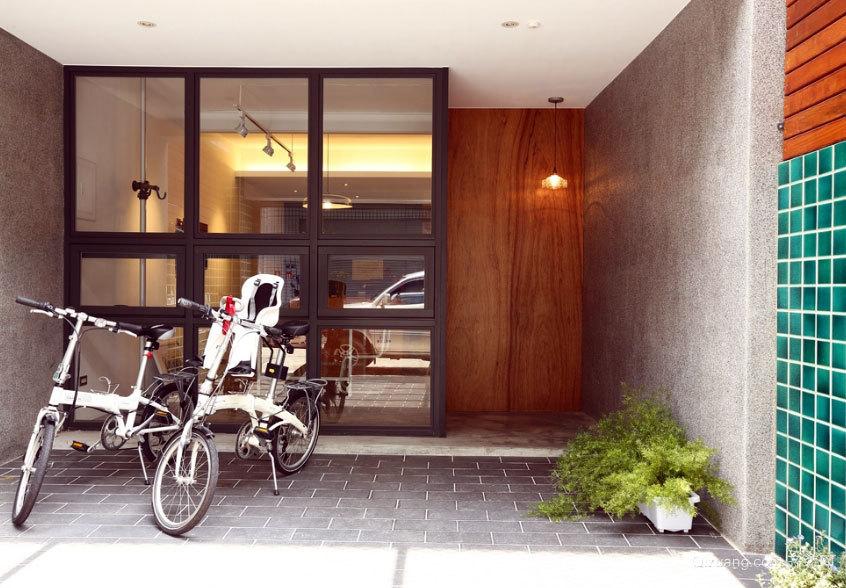 四平八稳 低调不失细节的复式楼别墅装修设计效果图
