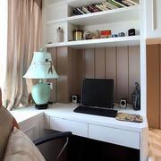 简约风格工作室内嵌式柜子装饰