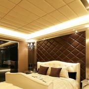 欧式深色软质背景墙设计