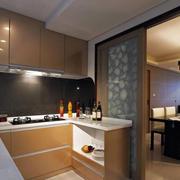 两室一厅L型厨房装饰