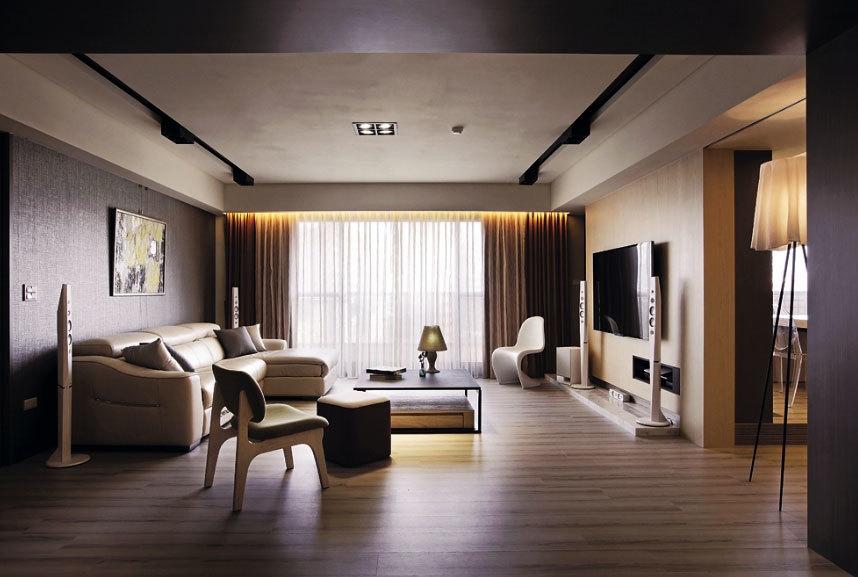 以米褐色为主基调的130平米婚房客餐厅装修效果图