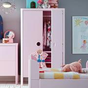 美式复古儿童房衣柜布置
