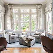 美式样板房简约客厅飘窗设计