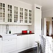 一室一厅欧式整体橱柜设计