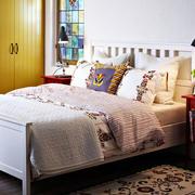 现代简约风格卧室橱柜装饰