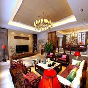 中式客厅八仙桌装饰