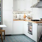 简约白色厨房效果图