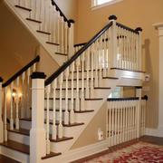 小型别墅清新风格楼梯装饰