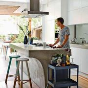 公寓厨房开放式吧台设计