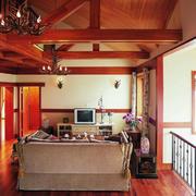 欧式深色原木客厅装饰