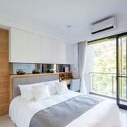 别墅简约小型卧室装饰