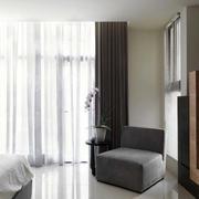 三室两厅卧室飘窗装饰