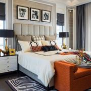 美式别墅床头灯饰设计