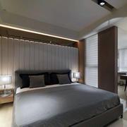 一室一厅卧室床头柜装饰