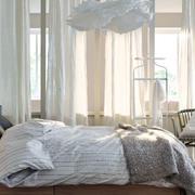 都市风格简约卧室飘窗设计