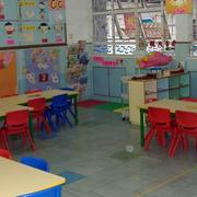 幼儿园教室卡通墙设计