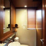 欧式风格原木系卫生间设计