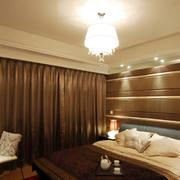 三室一厅深色系卧室效果图