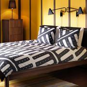 美式简约风格卧室床头背景墙