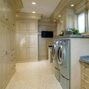大型欧式洗衣房整体橱柜装饰