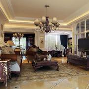 欧式深色系客厅家具装饰