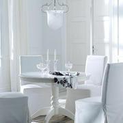 欧式白色系奢华餐厅装饰
