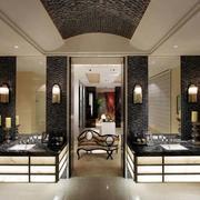 后现代风格深色卫生间装饰