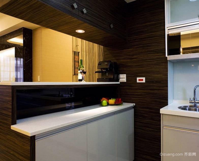 在家里美美的享受:大户型欧式厨房吧台装修效果图呢实例鉴赏