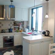 小户型厨房吧台装饰