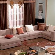 粉色系婚房客厅沙发设计