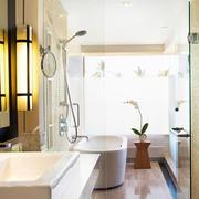 韩式浅色卫生间装饰设计