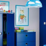 儿童房深蓝色柜子效果图