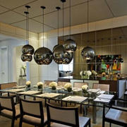 大型别墅美式餐厅灯饰装修