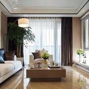 三室两厅客厅飘窗设计