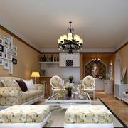 美式风格客厅照片墙装饰