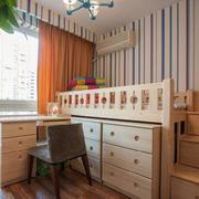 欧式简约风格儿童房木制床饰