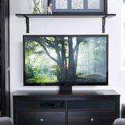 后现代风格深色电视背景墙
