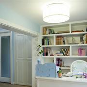 现代简约风格书房整体书架