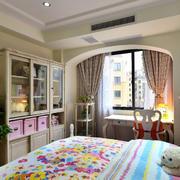 欧式儿童房拱形飘窗装饰