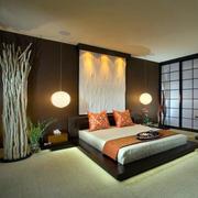 日式小户型卧室床头灯饰