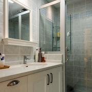 欧式卫生间玻璃门装饰