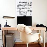 简约原木书房桌椅装饰